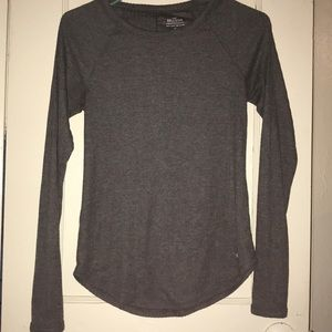 EUC Super comfy Hollister long sleeve shirt